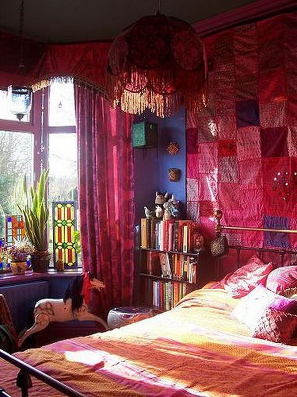 Attic Room: 10+ Beautiful Bohemian Bedroom Ideas