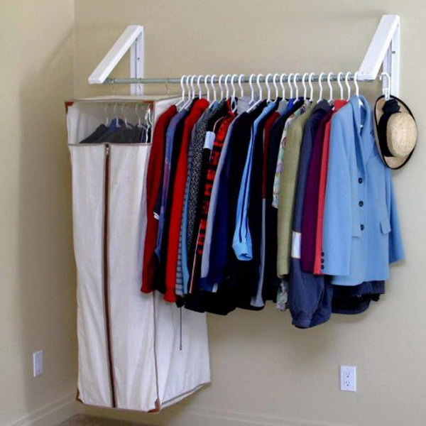 Expandable hanging rack for small laundry room
