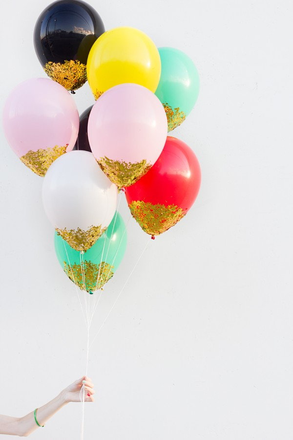 DIY Confetti Dipped Balloons.