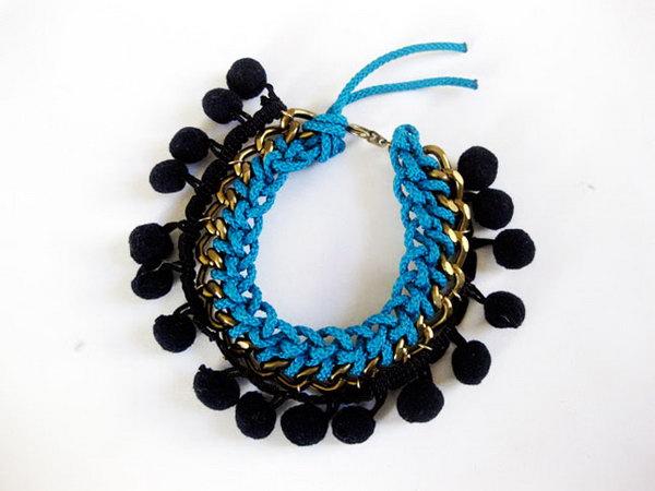 DIY Pom Pom Bracelet