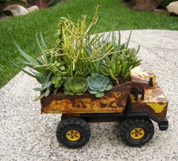 Toy Truck Planters. Get the tutorial