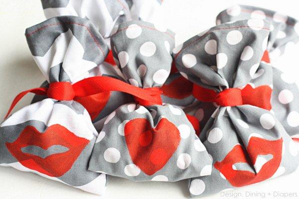 Kiss Me! Handmade Valentine's Day Favors