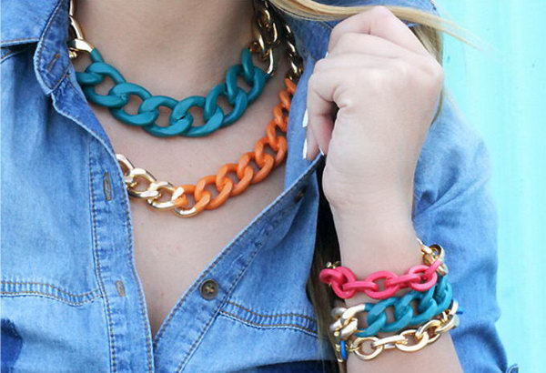 Simple Chain Necklace with Bright Colors