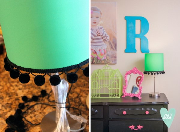DIY Pom Pom Lampshade. Check out the tutorial