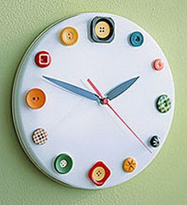 Button Wall Clock. See the details