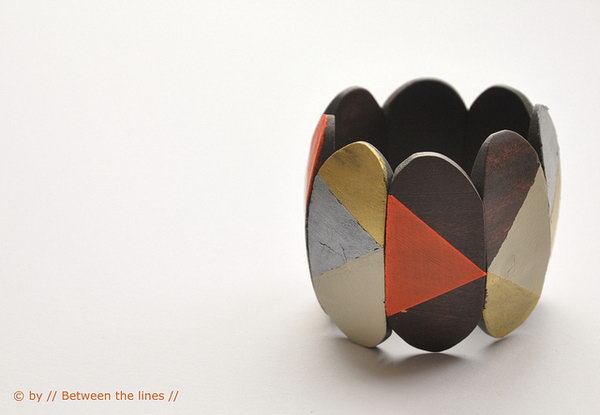 Reworked Wooden Bracelet. Get the tutorial