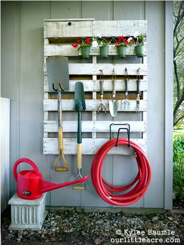 Upcycle the Old Pallet into the Storage Space of the Backyard. See the instruction