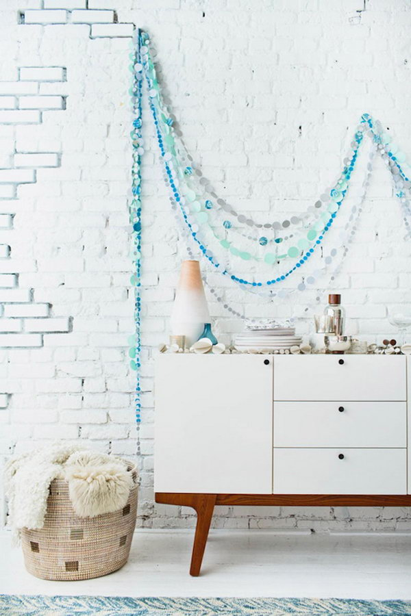 DIY Circle Garland. Get the tutorial