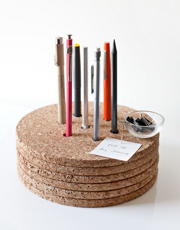 Cork Pencil Holder. Get the tutorial
