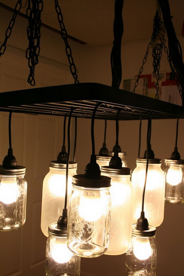 Southern Charm Mason Jar Chandelier. Get the tutorial