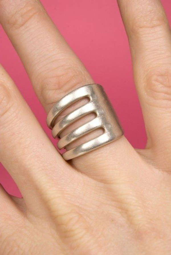 Unique Fork Ring.