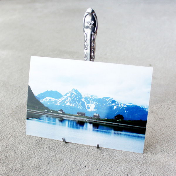 DIY Fork Photo Display.