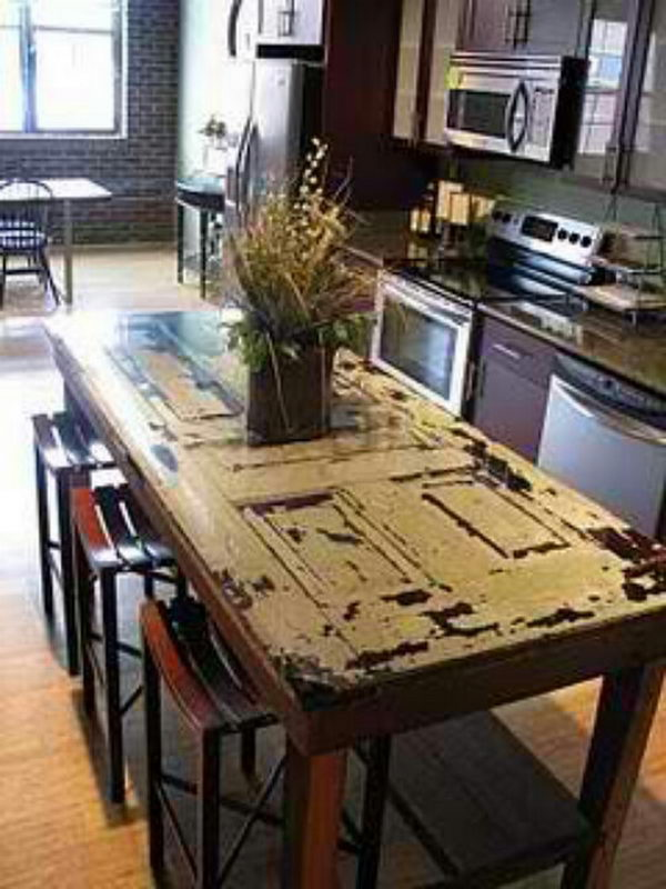 Repurposed Dining Table. I absolutely love it, it looks awesome design.