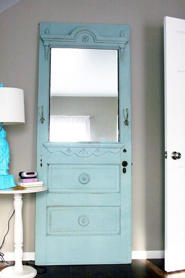 Repurposed Mirror Frame. I absolutely love it, it looks awesome design.