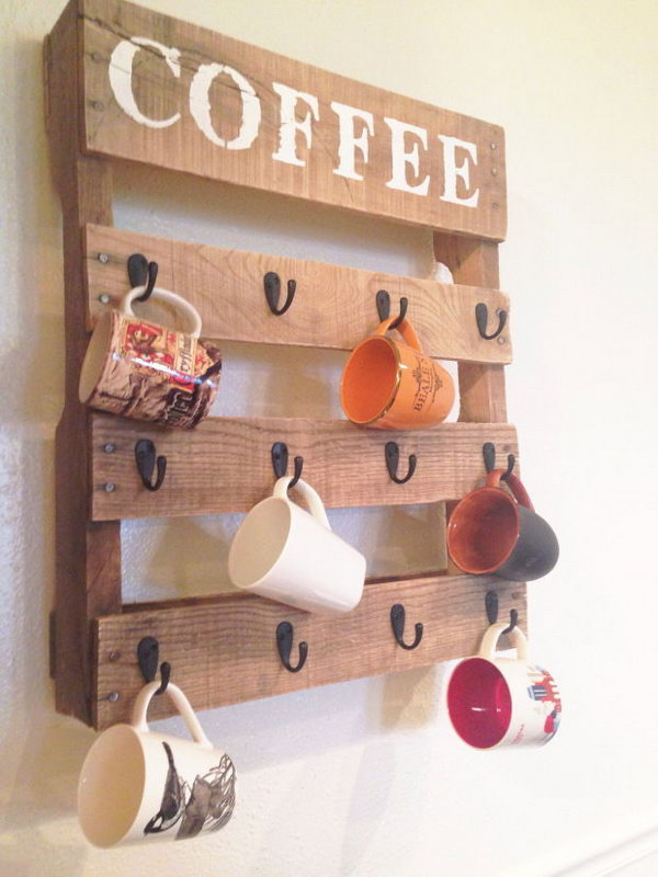 DIY Pallet Coffee Cup Holder. Get the instructions