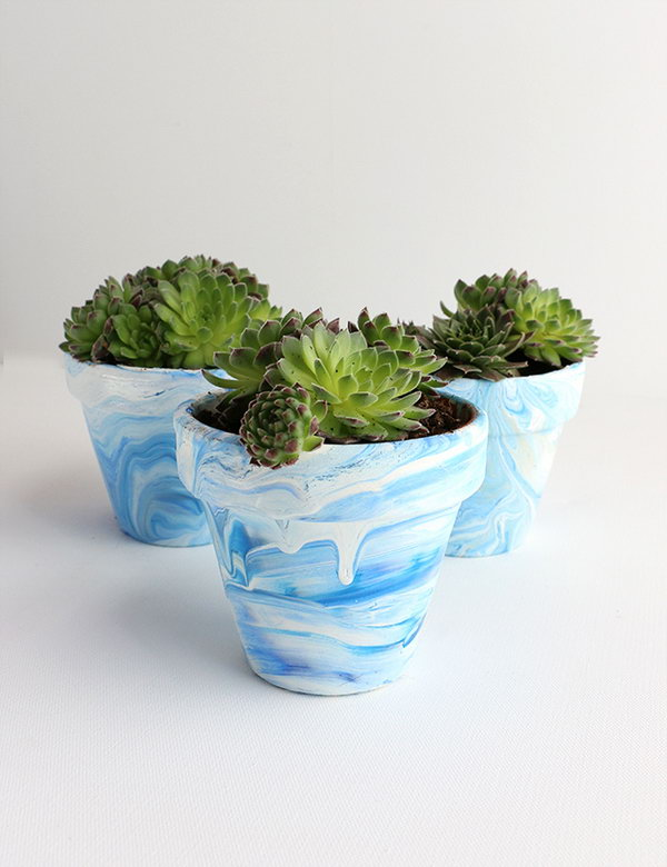 Marbled Terra Cotta Pots. Get the tutorial