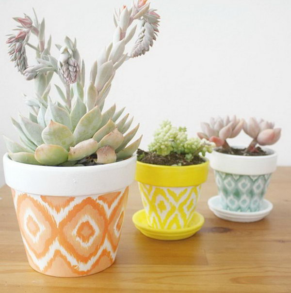 DIY Hand Painted Pots. Get the tutorial