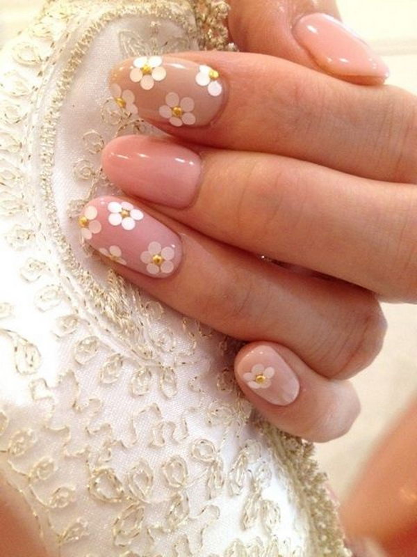 Japanese Floral and Gold Studds Nail.