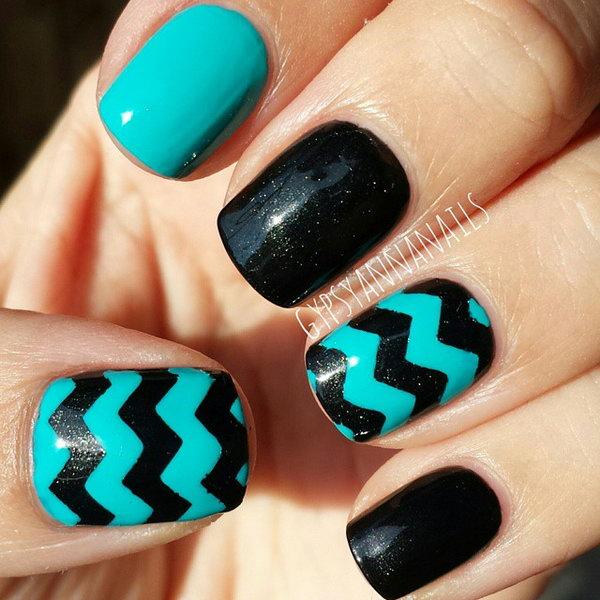 Turquoise & Black Chevron Nails.