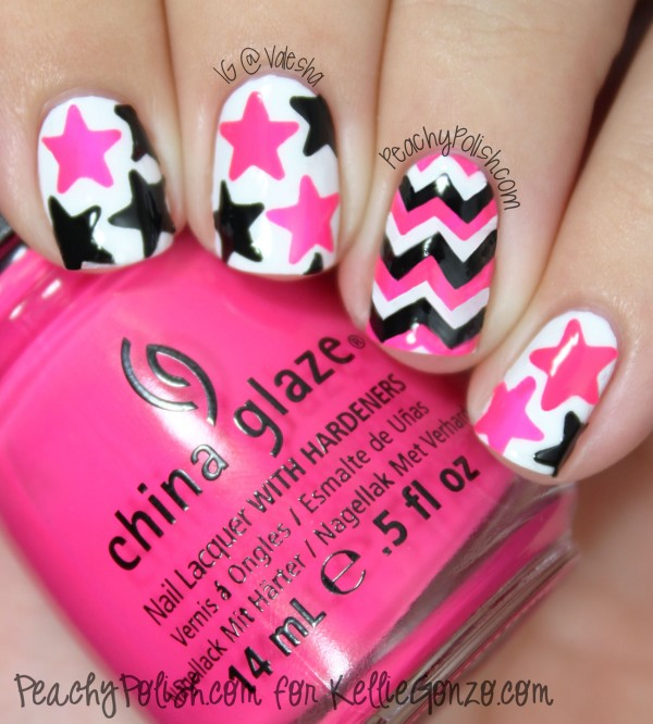 Chevron and Stars Nails.