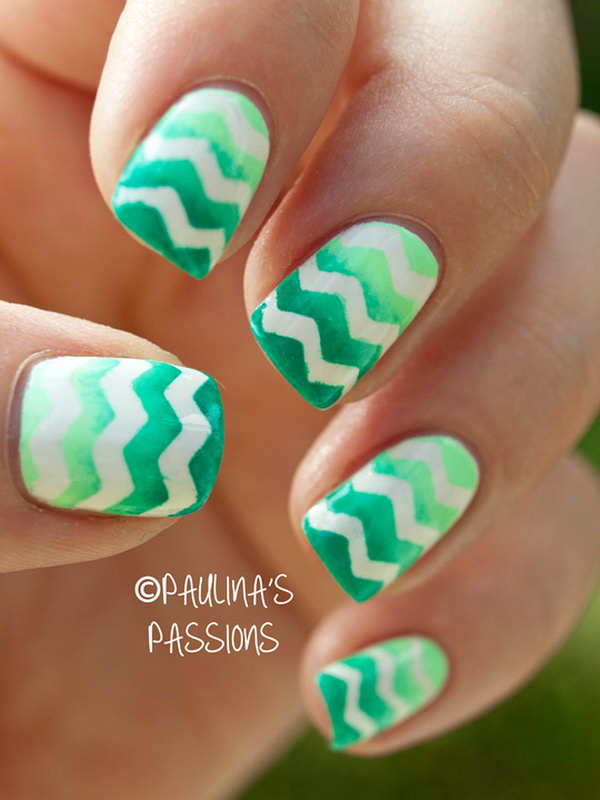 Gradient Green Chevron Nails. See the tutorial