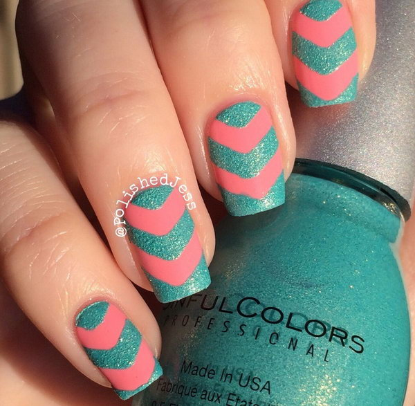 Deep Green Summer Chevron Nails.