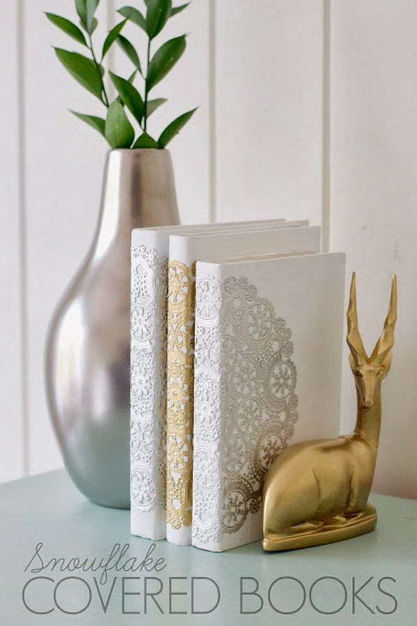 DIY Snowflake Books. Love this elegant look. They make for great neat gift ideas. Get started with the tutorial