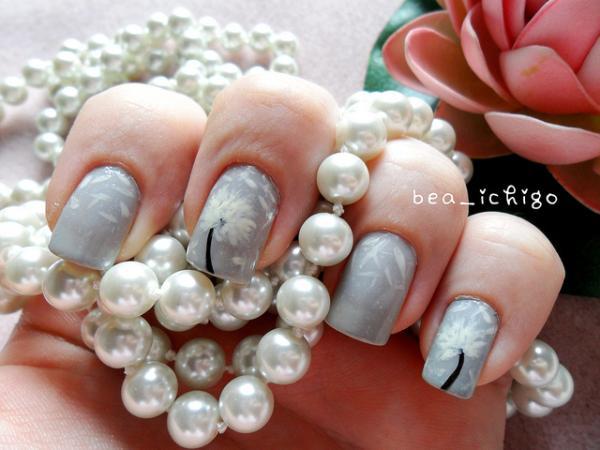 Gray Dandelion Nail Art.