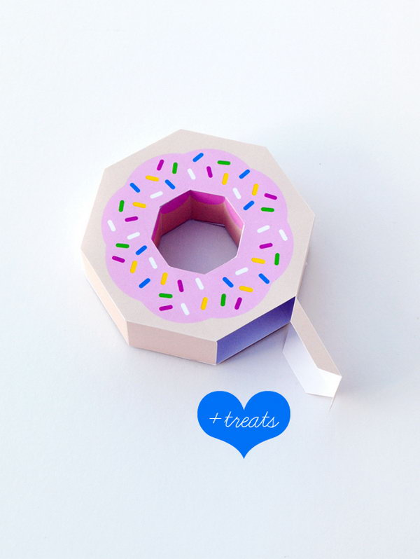 Donut Gift Boxes. Get the tutorial