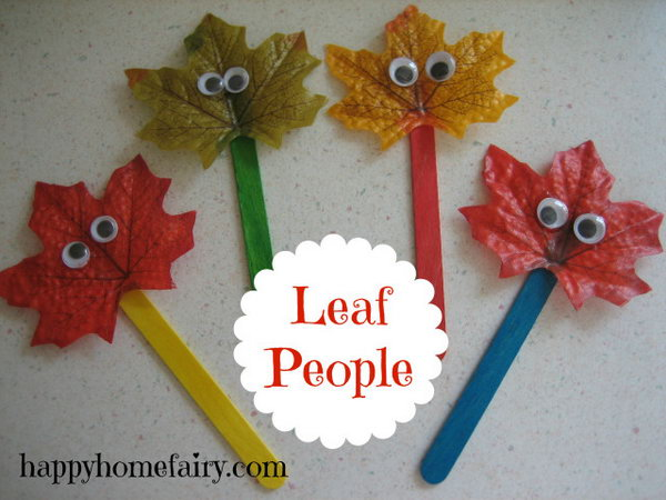 DIY Fall Leaf Puppets. Get the tutorial