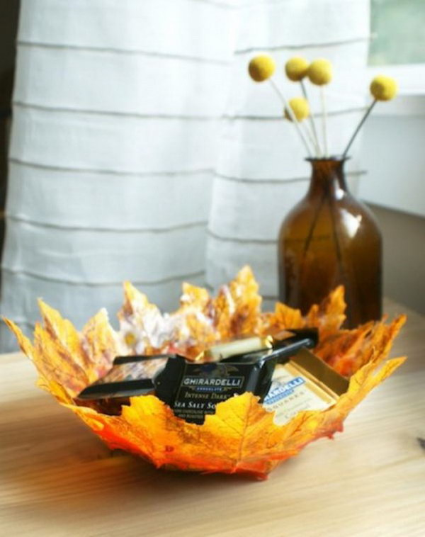 DIY Fall Leaves Bowl.