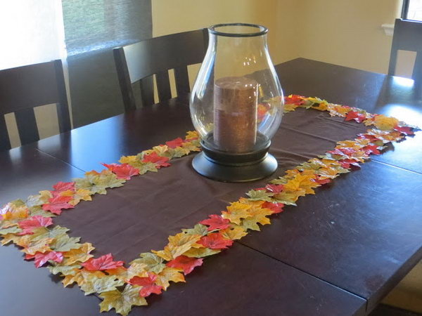 DIY Fall Leaf Table Runner. Learn how to make it
