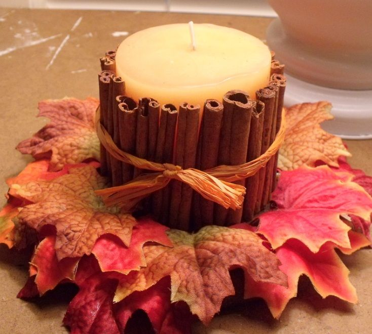 Cinnamon Candles.Simple way to make fall candles surrounded by cinnamon sticks! Smells and burns fabulous! Tutorial via