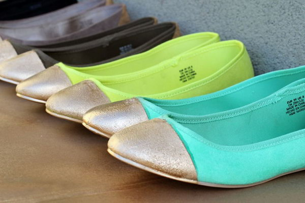 DIY Gold Tipped Ballet Flats. Check out the tutorial