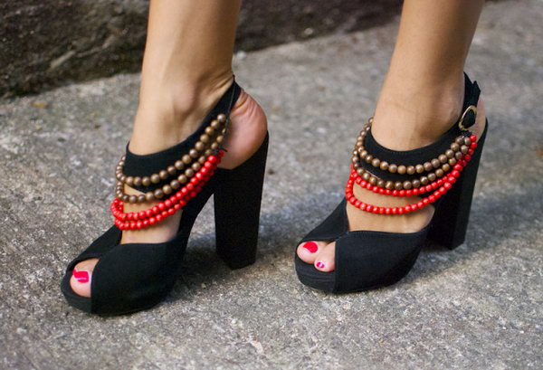 Burberry Inspired Tribal Heels. See the tutorial