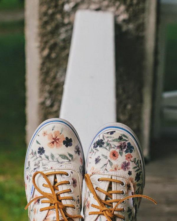 Floral Vans Restyle Sneaker. See thye tutorial