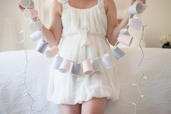 DIY Dixie Cup Garland. Get the steps