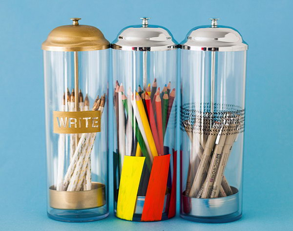 Pop Up Pencil Holders. Using those pop up straw containers instead of  the boring old pencil cup on your home office desk. It's really cool. Learn the tutorial