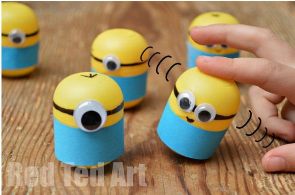 Cute Minions Weebles. See the tutorial