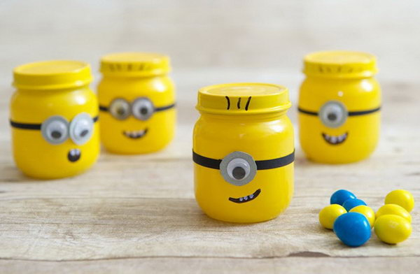 DIY Minion Mason Jars. Get the steps
