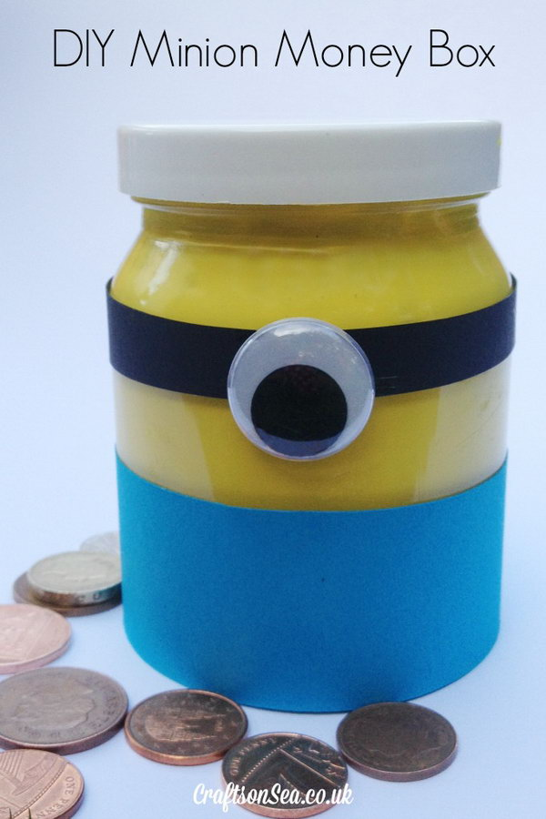 DIY Minion Money Box. Get the tutorial