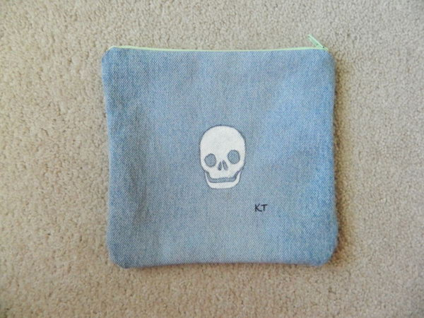 DIY Skull Patterned Denim Pencil Case. Get the steps