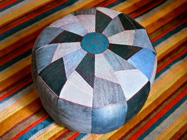 DIY Jeans Tough Pouf. See the tutorial