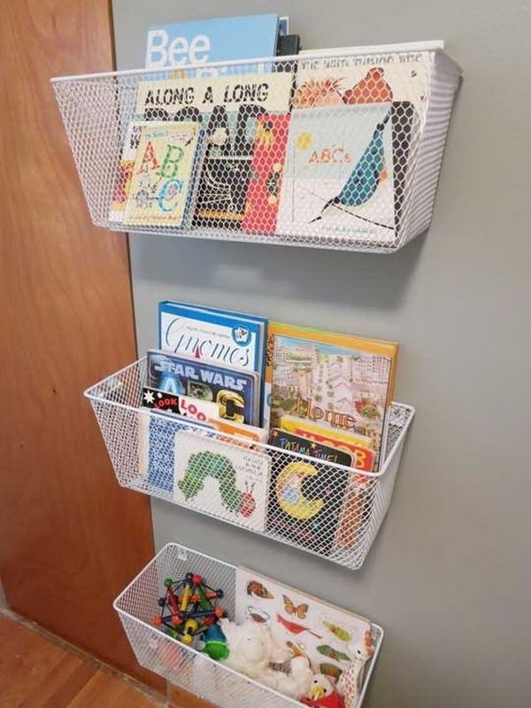 Chicken wire Baskets Used as Book Racks. Get more directions