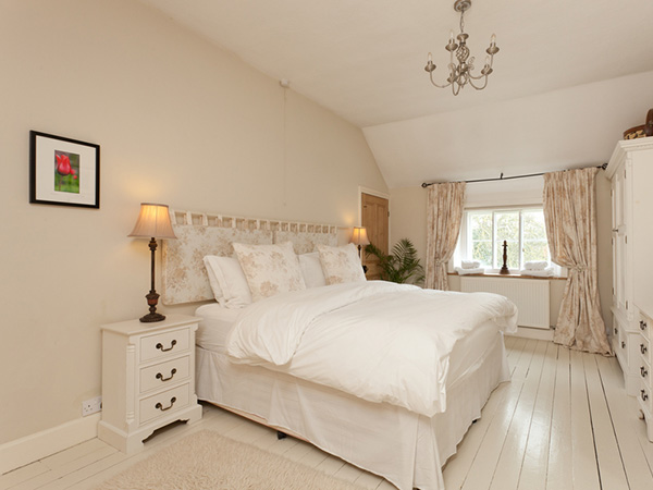 Bedroom Shabby Chic Floors.