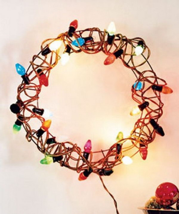 Holiday Lights Wreath.