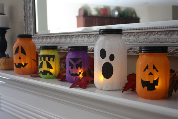 Mason Jar Pumpkin less Jack o Lanterns. These fun pumpkin lanterns are perfect for the Halloween decoration. Get started to make this fun project with your kids for upcoming Halloween party. See the tutorial