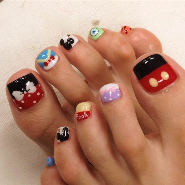 Disney Inspired Toe Nails.