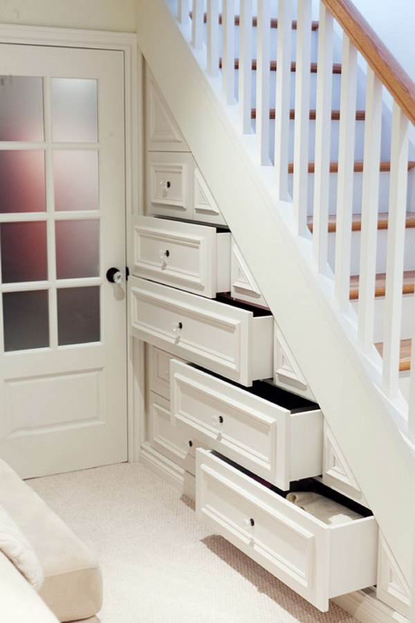 Great Way to Utilize Storage Space in Not Wide Hall Way.