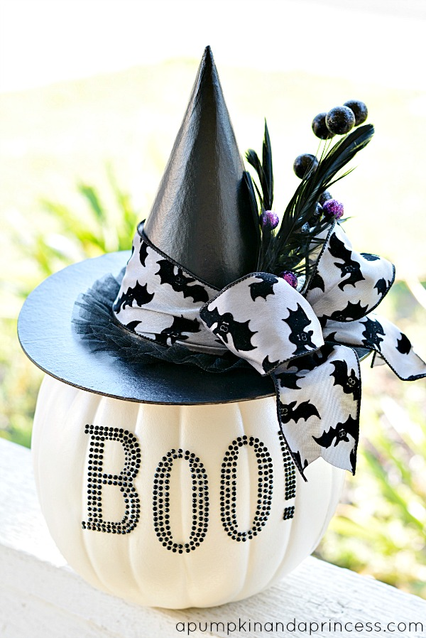 DIY Black & White Glam Pumpkin.